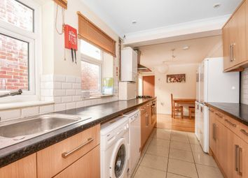 6 bed shared accommodation to rent in Lodge Road, Southampton SO14