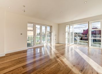Thumbnail 3 bed flat for sale in Amberden Avenue, London