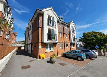 Earle Road, Westbourne, Bournemouth BH4. 2 bed flat