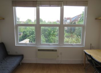 Thumbnail Studio to rent in Tetherdown, Muswell Hill