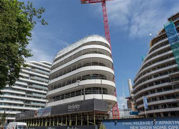 Thumbnail 2 bedroom flat for sale in Vista Building, Battersea, London