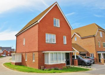 Thumbnail 4 bed detached house to rent in Faygate, Horsham