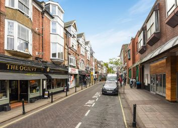 Thumbnail Retail premises to let in 43A Chertsey Road, Woking, 5Aj