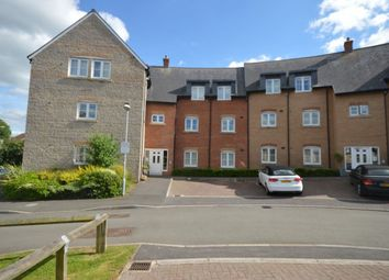 Thumbnail 2 bed flat to rent in Strouds Close, Swindon