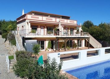 Thumbnail 6 bed villa for sale in Portugal, Algarve, Estói