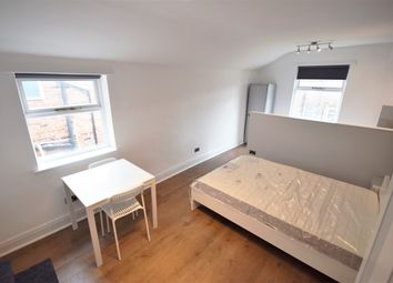 Thumbnail Room to rent in 3 Brentwood, Salford, Manchester