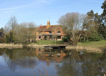 Thumbnail 4 bed cottage to rent in Horsham Road, Alfold, Cranleigh