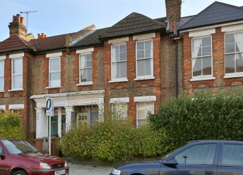 Thumbnail 2 bed flat to rent in Geldeston Road, London