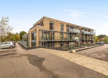 Thumbnail 2 bed flat for sale in Bushey, Hertforshire