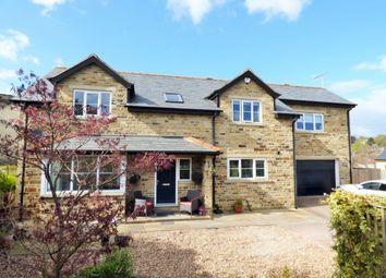 Thumbnail 4 bed detached house for sale in Sandals Mount, Baildon, Shipley