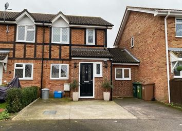 3 bed end terrace house to rent in The Heathers, Stanwell, Staines TW19