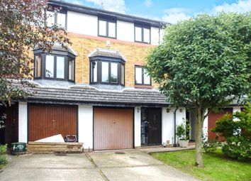 Thumbnail 4 bedroom terraced house for sale in The Knowle, Hoddesdon