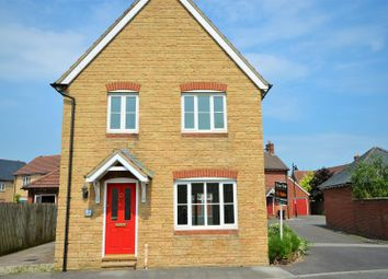 Thumbnail 3 bed detached house to rent in Marlott Road, Gillingham