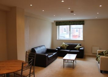 Thumbnail 2 bed flat to rent in Manchester