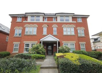 Thumbnail 2 bedroom flat for sale in Claremont Avenue, Woking, Surrey