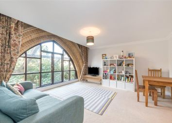2 bed flat for sale in Arundel Square, Holloway, London N7