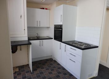 2 bed flat to rent in New Street, Paignton TQ3