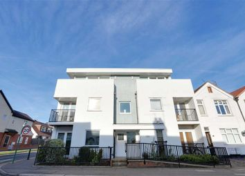 Thumbnail 1 bed flat for sale in Glendale Gardens, Leigh On Sea, Essex