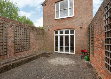 3 bed property for sale in Rectory Road, Wokingham RG40