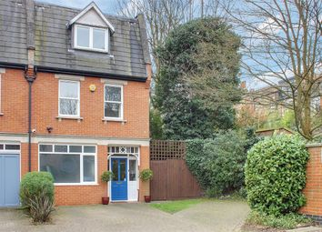 4 bed detached house for sale in Parham Way, Muswell Hill, London N10