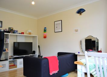 Thumbnail 1 bed flat to rent in Selborne Place, Hove