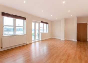 Thumbnail 2 bedroom flat for sale in Park Road, Southgate