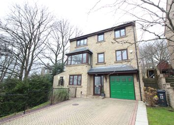 Thumbnail 5 bed detached house for sale in Stratton Close, Brighouse