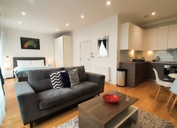 Thumbnail 1 bed flat to rent in Balfour Road, London