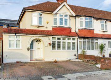 4 bed property for sale in Woodgrange Avenue, Enfield EN1