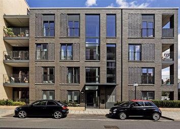 Bramah Road, London SW9. 2 bed flat for sale          Just added