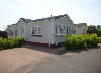 Thumbnail 2 bedroom mobile/park home for sale in Eye Road, Brome, Eye