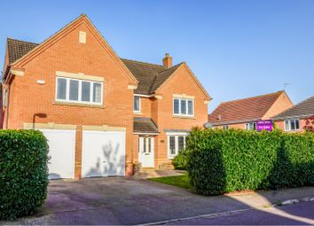 Thumbnail 5 bed detached house for sale in Moorhen Way, Buckingham