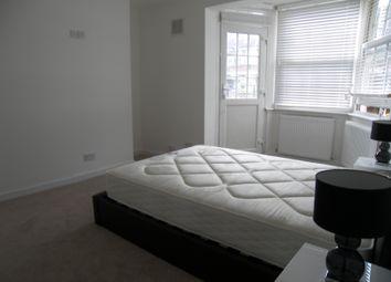 Thumbnail 3 bed flat to rent in Mole Court, Shepherds Bush, London
