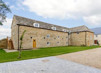 Thumbnail 4 bed barn conversion for sale in Vergette Court, Market Deeping, Peterborough