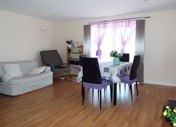 Thumbnail 2 bed flat to rent in Drayton Road, Cherry Hinton, Cambridge