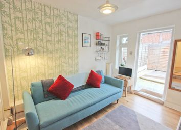 1 bed flat for sale in Grosvenor Road, Forest Gate, London E7
