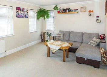 Thumbnail 2 bedroom flat for sale in Franklynn Road, Haywards Heath