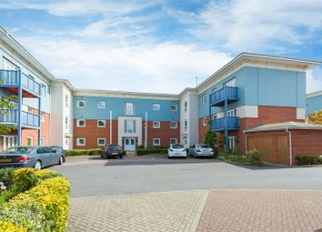 Thumbnail Flat to rent in Wraysbury Drive, West Drayton
