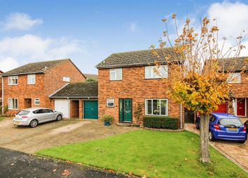 Thumbnail 3 bed detached house for sale in Kynaston Avenue, Aylesbury