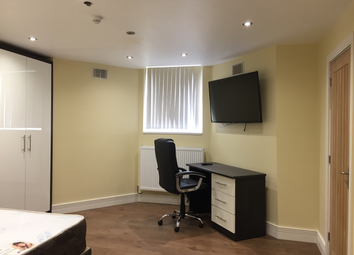 Thumbnail Studio to rent in London Road, Leicester