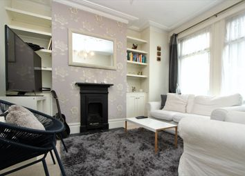 Thumbnail 2 bed flat to rent in Princes Avenue, Wood Green, London