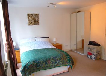 Thumbnail Room to rent in Plough Way, Canada Water