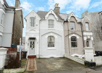 Thumbnail 5 bed property for sale in North Avenue, Ramsgate