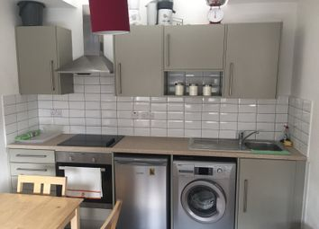 Thumbnail 1 bed flat to rent in Newington Causeway, Elephant And Castle