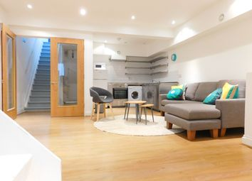 Thumbnail 3 bedroom flat to rent in Junction Road, Archway