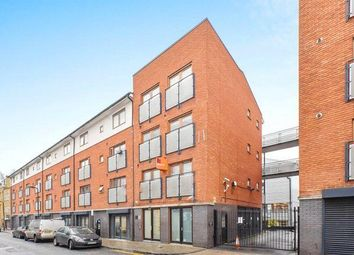 Thumbnail 3 bedroom flat for sale in Atlantic House, Waterson Street, Shoreditch