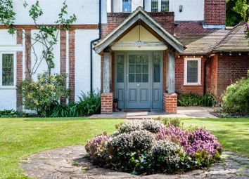 Thumbnail 5 bed property for sale in Russell Close, Walton On The Hill, Tadworth