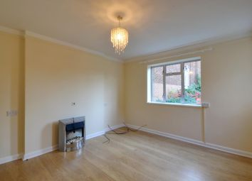 Thumbnail 2 bedroom maisonette to rent in York Road, Northwood Hills