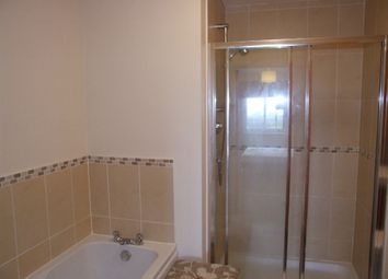 2 bed flat to rent in Midstocket View, Summerhill, Aberdeen AB15