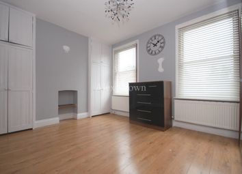 Thumbnail 5 bed terraced house to rent in Durban Road, London